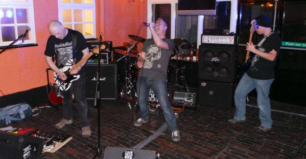Live and Let Rock at the Kings Head